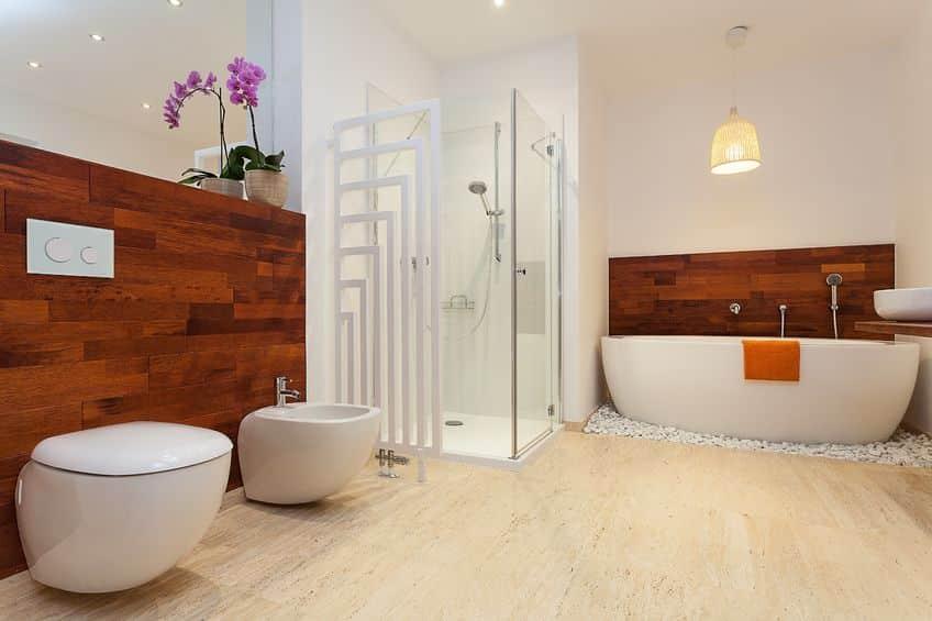 salle de bain avec sol PVC