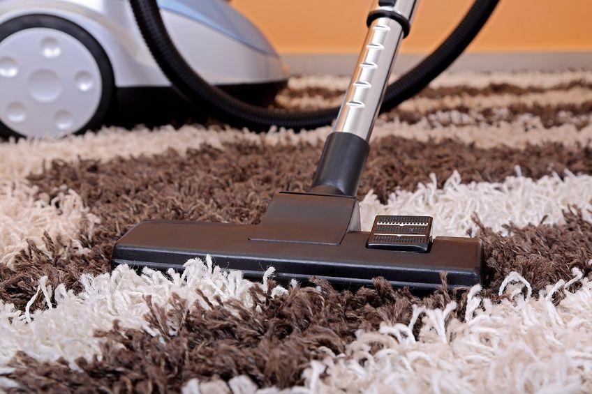 comment nettoyer une moquette les astuces et conseils. Black Bedroom Furniture Sets. Home Design Ideas