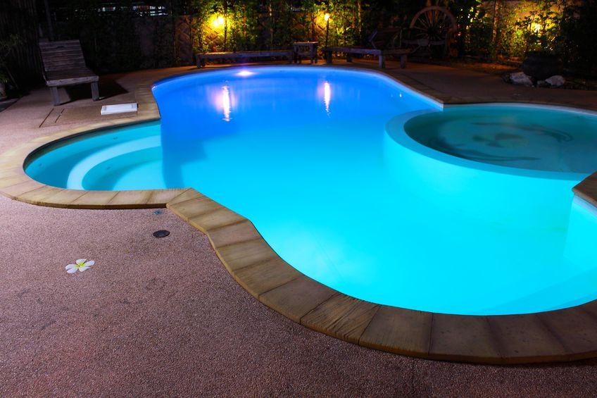 Prix piscine coque tous sur les tarifs et devis piscine for Tarif piscine lievin