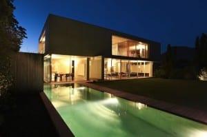 les types de piscines b ton coque hors sol avantages et inconv nients. Black Bedroom Furniture Sets. Home Design Ideas
