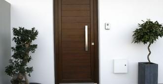 le guide des portes en pvc bois ou alu. Black Bedroom Furniture Sets. Home Design Ideas