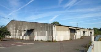 Entrepôt nécessitant une rénovation, mais à quel prix ?