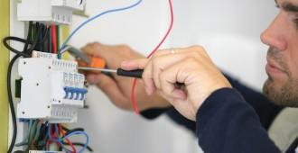 Artisan petits travaux d'électricité