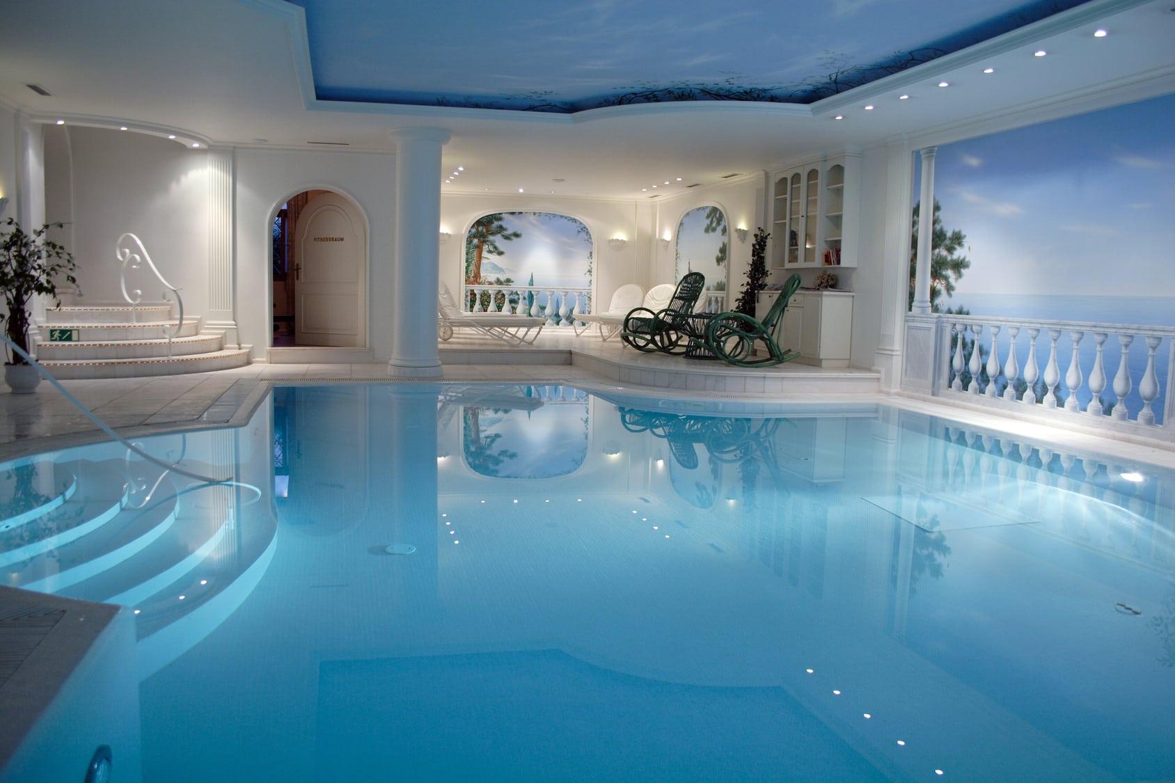 Quel syst me de chauffage de piscine choisir le comparatif for Hotel avec piscine interieur