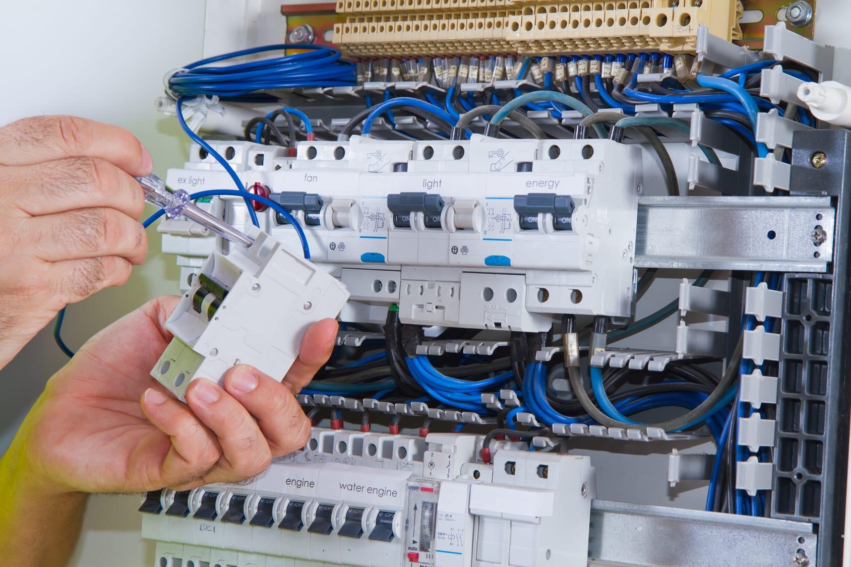 installation d'un panneau électrique
