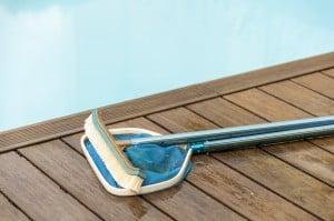 matériel entretien piscine