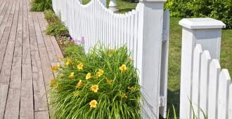 Barrière jardin clôture