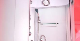 cabine de douche installée