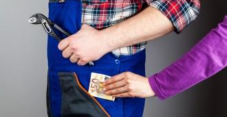 plombier payé par client