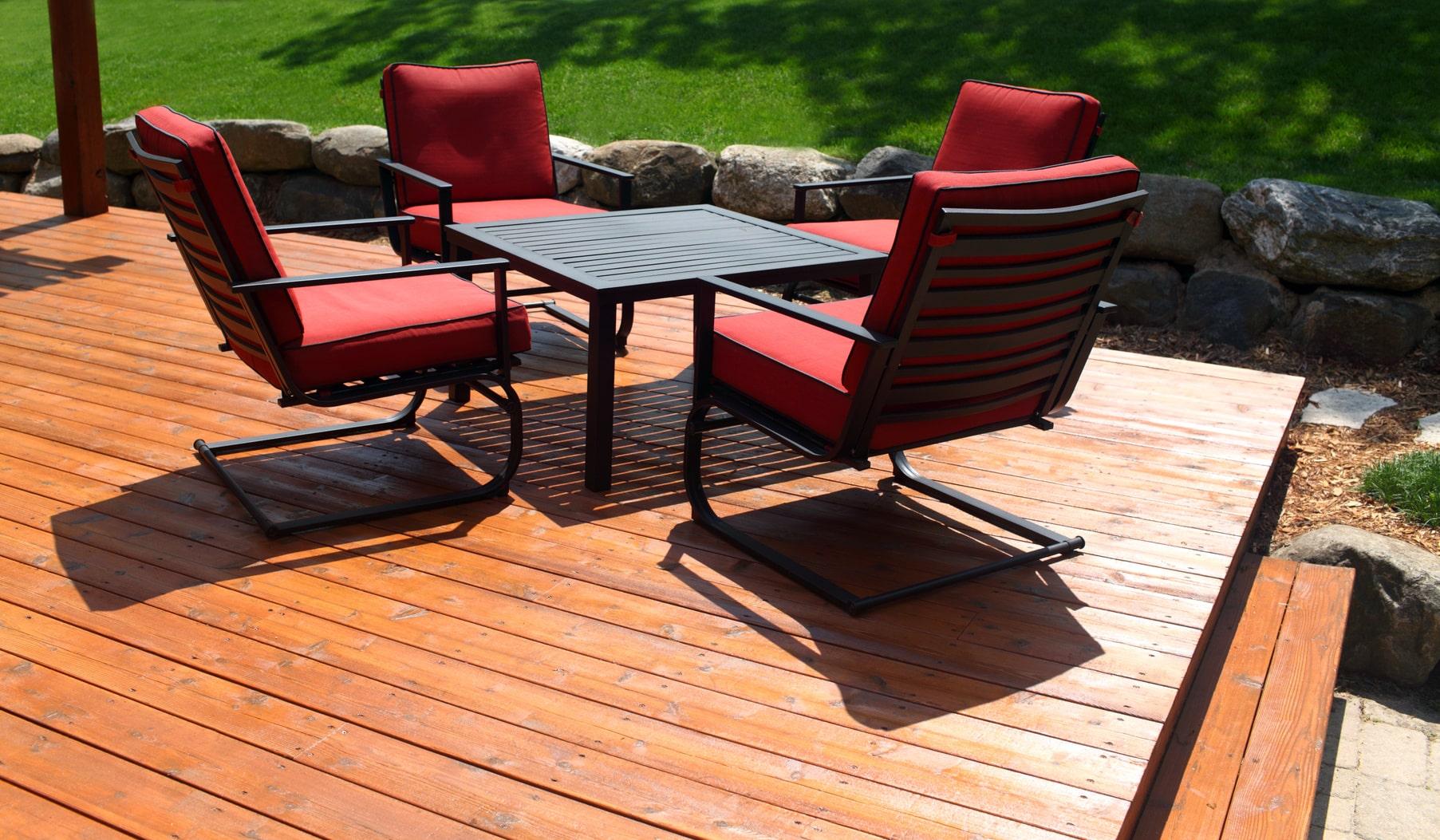 Prix d 39 une terrasses au m2 bois b ton composite for Prix enduit m2 interieur