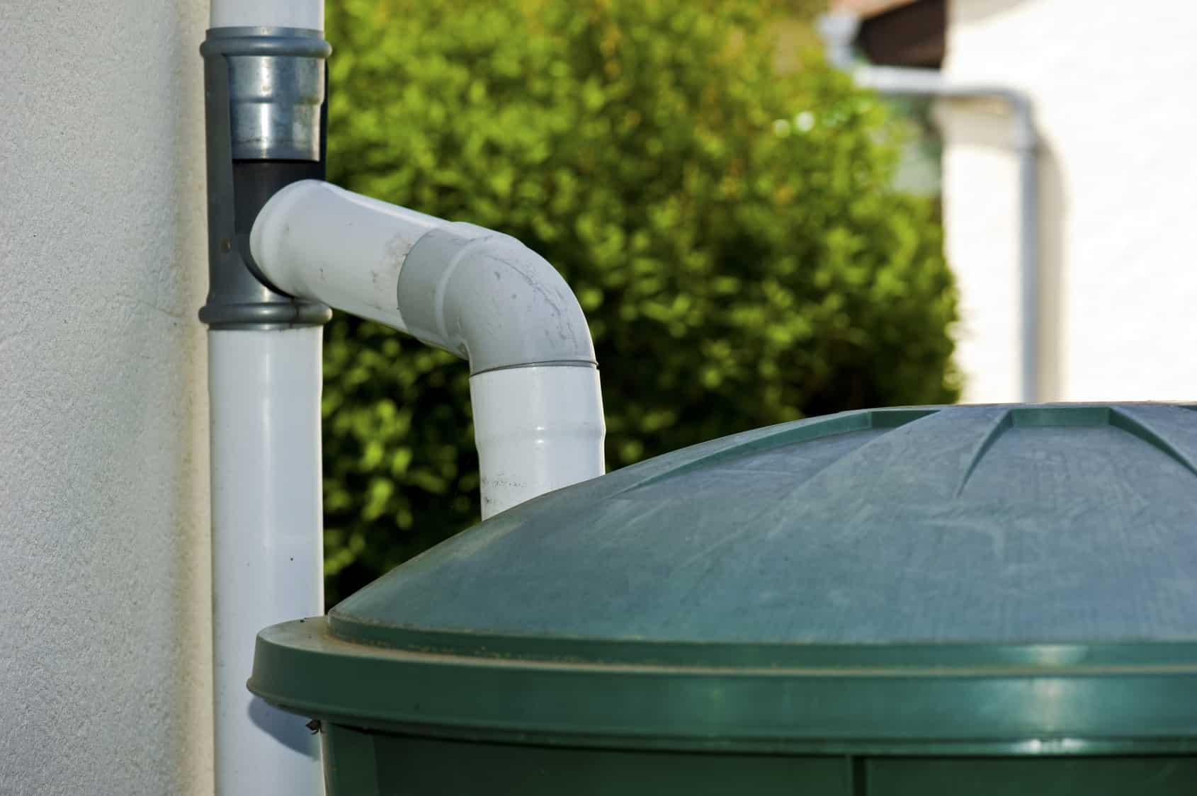 comment recuperer eau trouble piscine choisir un r cup rateur d eau de pluie