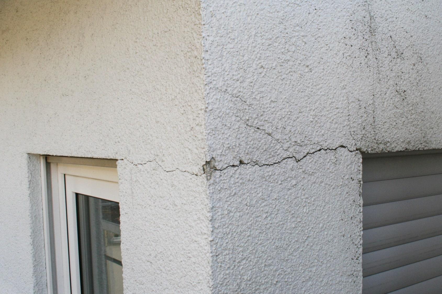 fissure mur maison