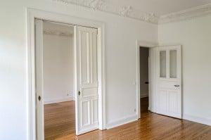 La pose d 39 une porte galandage - Installer une porte a galandage ...