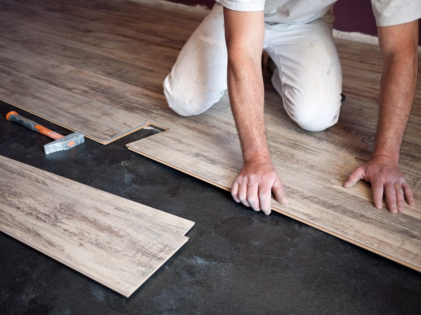 prix d un parquet contrecoll. Black Bedroom Furniture Sets. Home Design Ideas