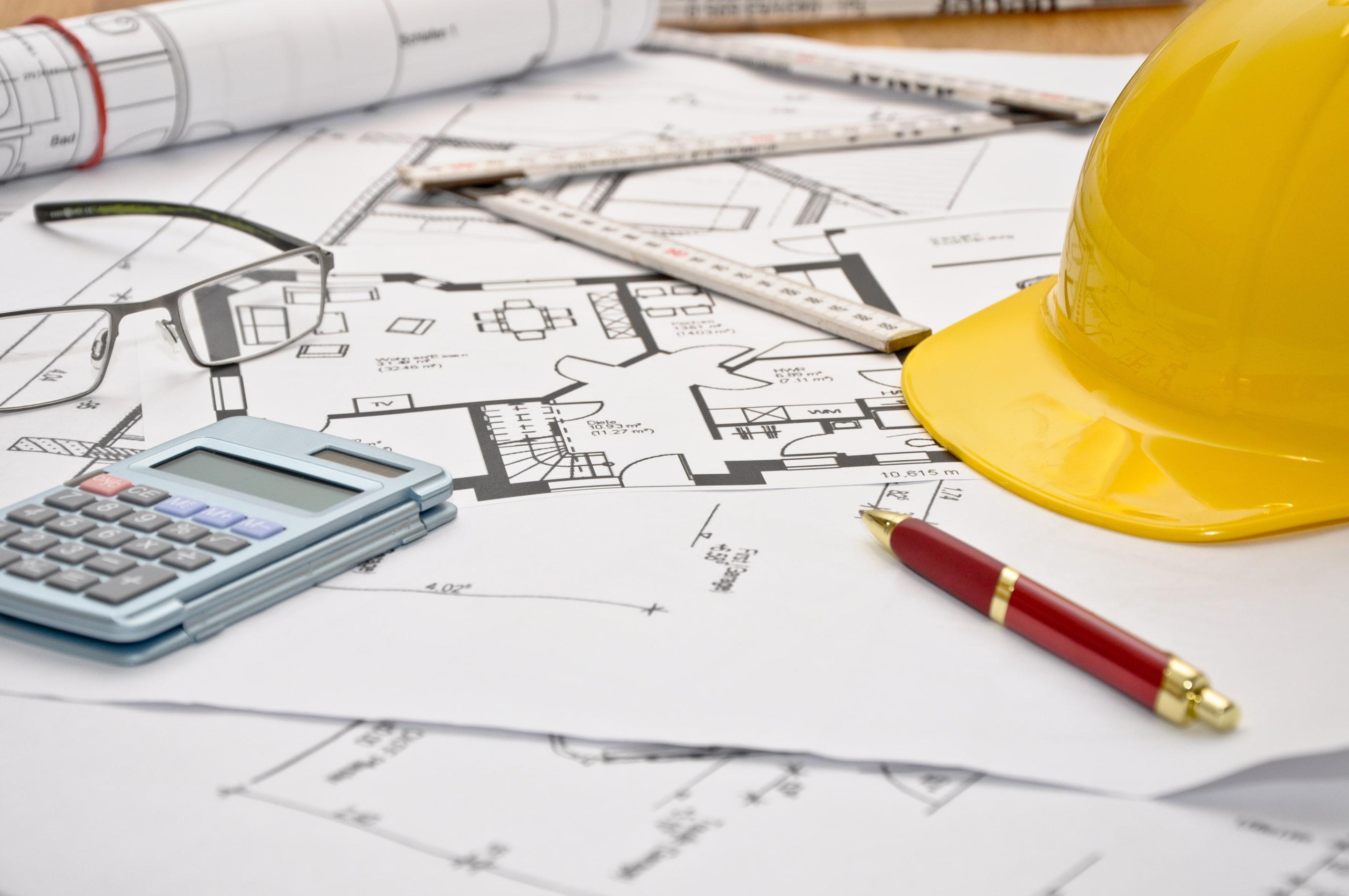 La Garantie Décennale Et La Garantie Biennale Sont Deux Assurances Du  Bâtiment, Notamment Indispensables Lors De La Construction Du0027une Maison  Neuve.