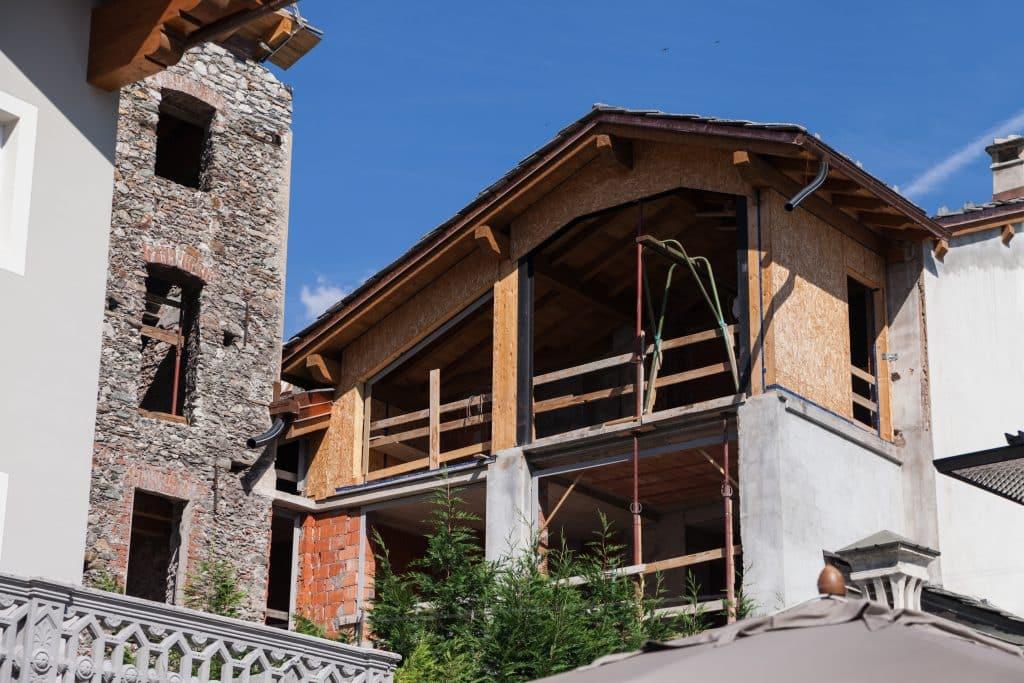 Sur l vation de maison prix et int r t for Surelevation toiture prix