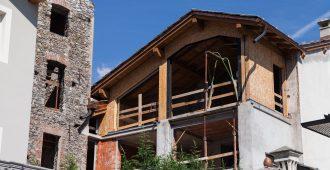 maison surélevée