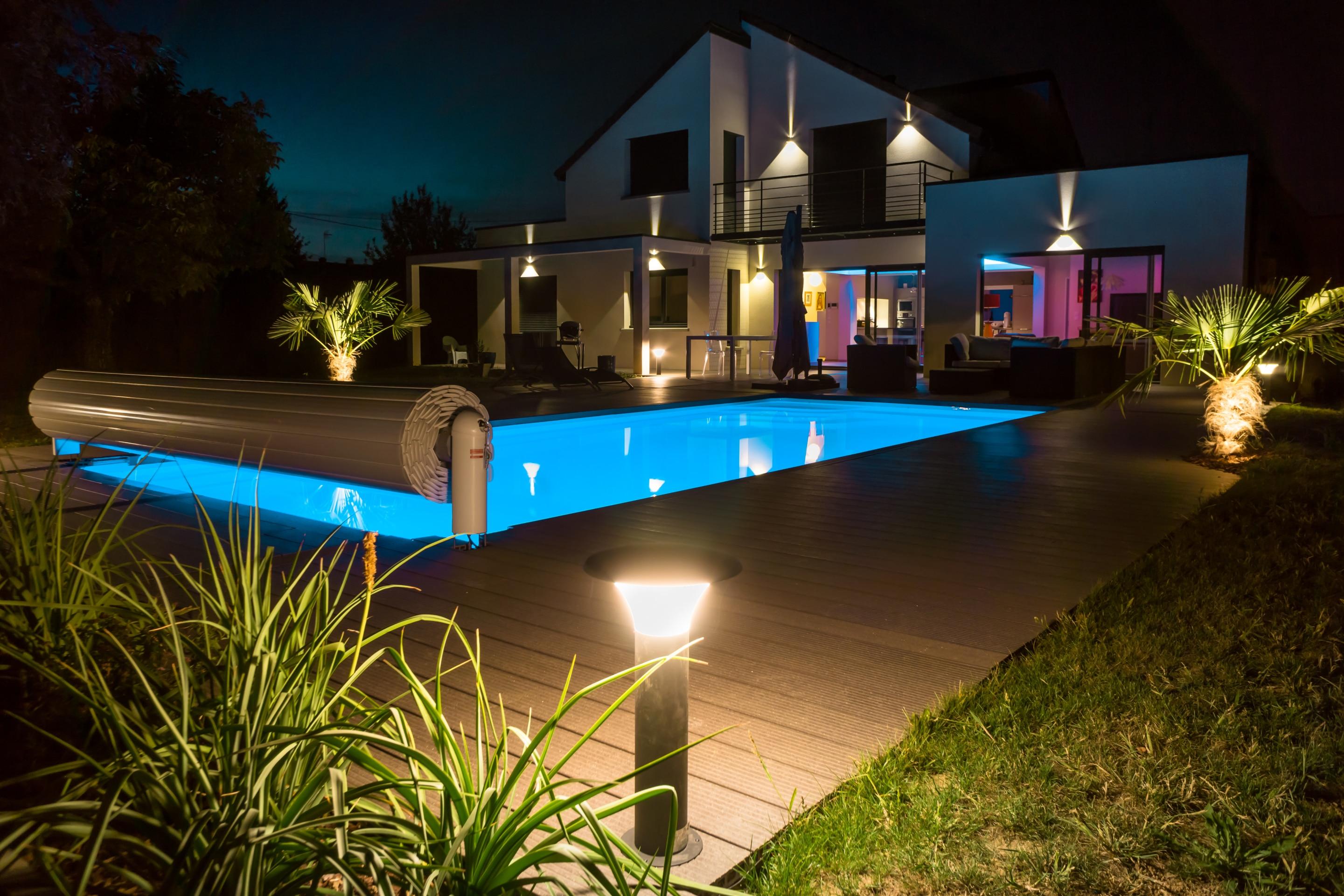 Eclairage De Terrasse Sur Pied prix d'un luminaire extérieur et de sa pose