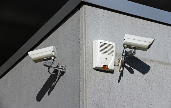 coût de pose d'un système de télésurveillance
