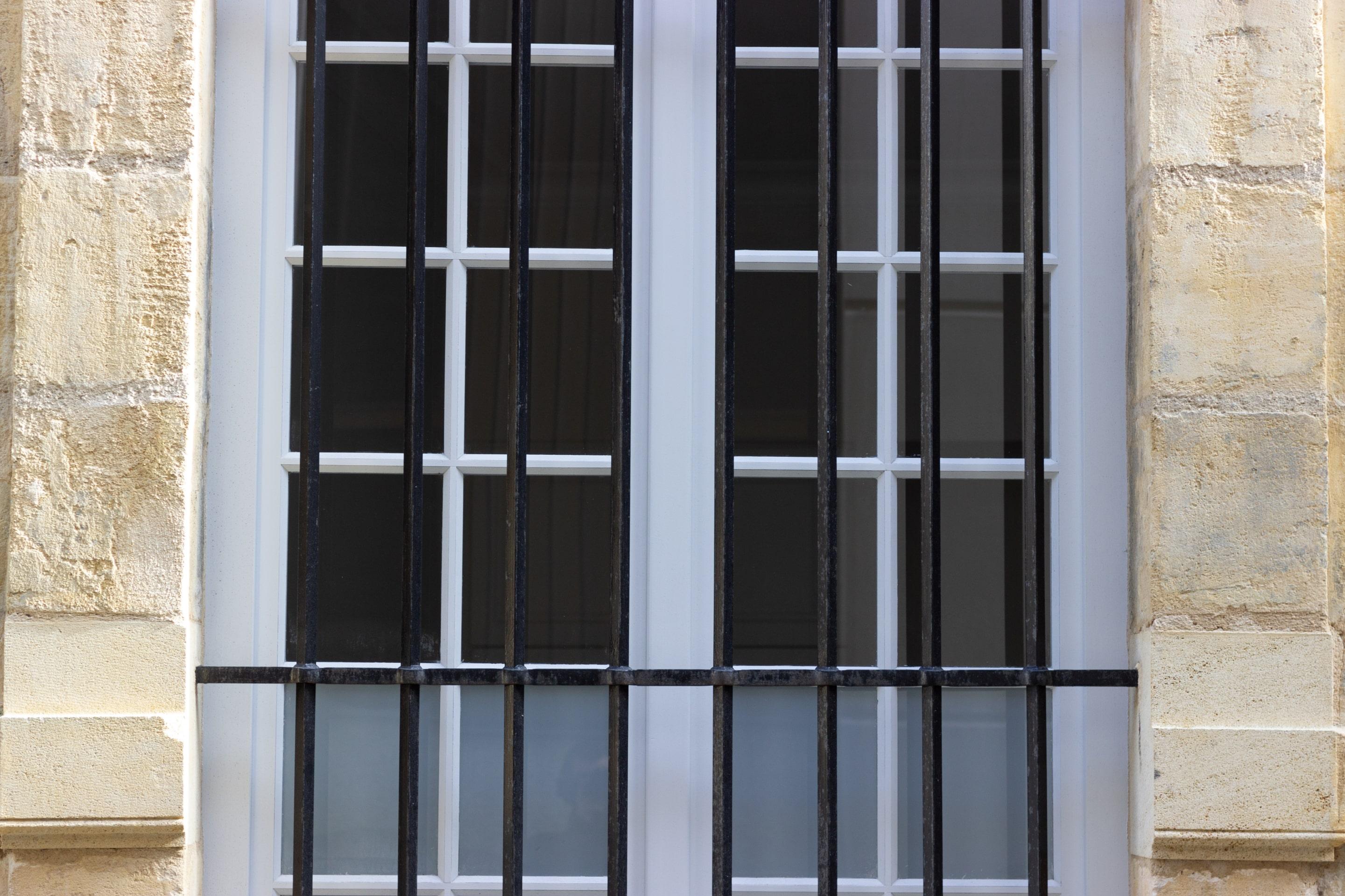 Espacement Entre Barreaux Garde Corps utilité et prix d'un barreau pour fenêtre
