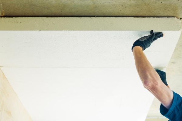 Quel est le coût d'isolation d'un plafond ?