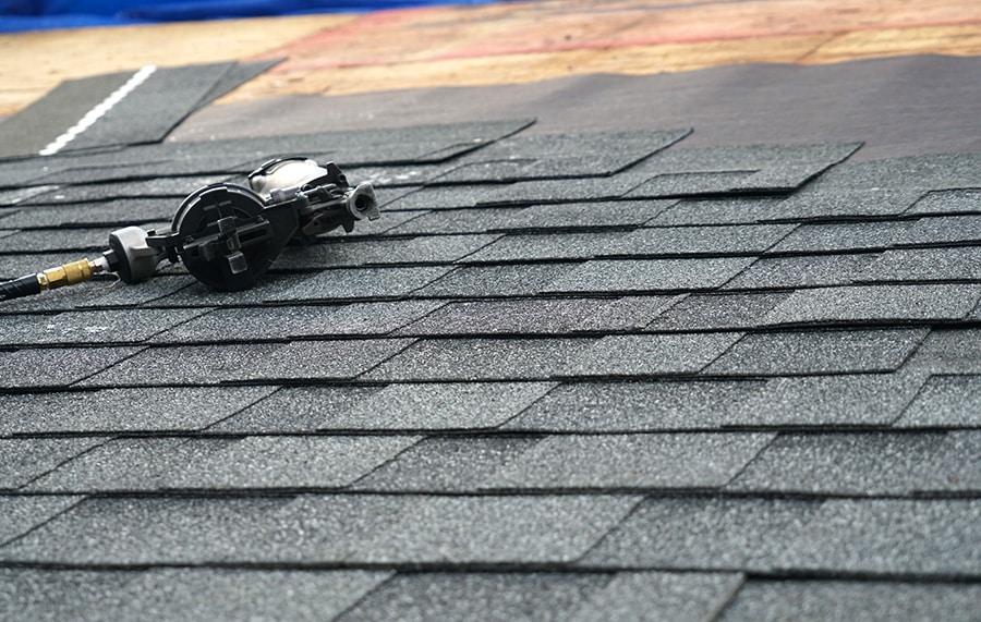 Prix de coût de la toiture en shingle
