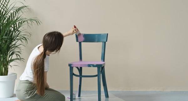 Quelle peinture pour peindre un meuble en bois