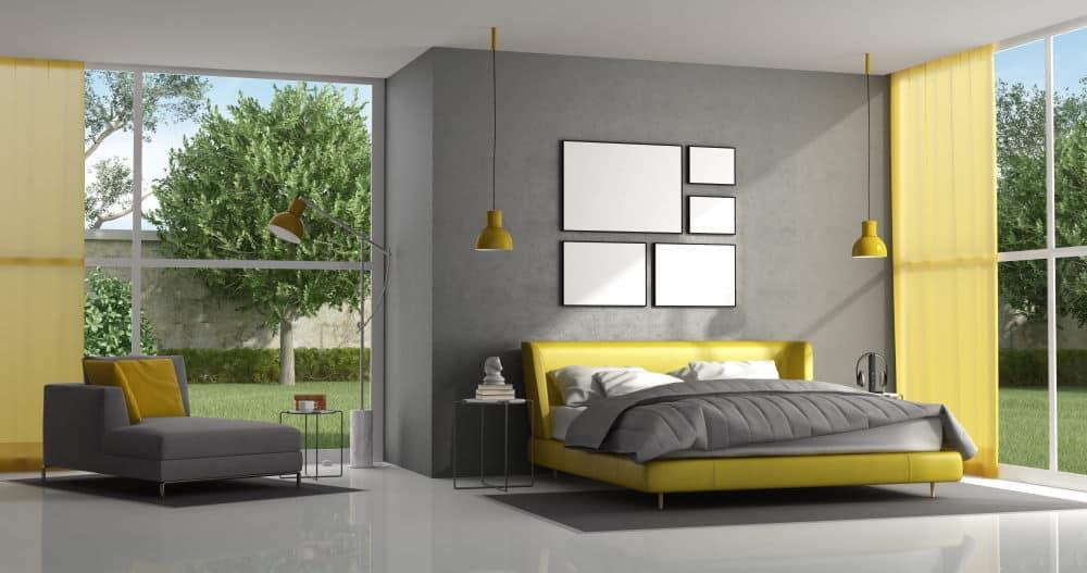Chambre d'adulte jaune et gris