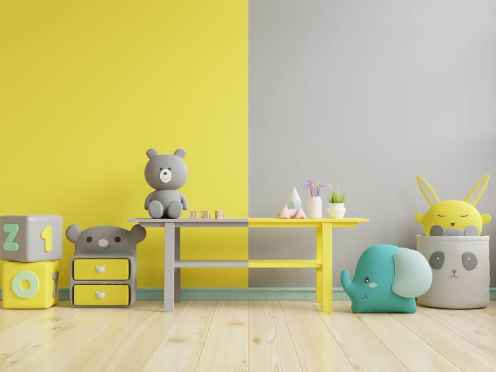 Chambre d'enfant jaune et gris