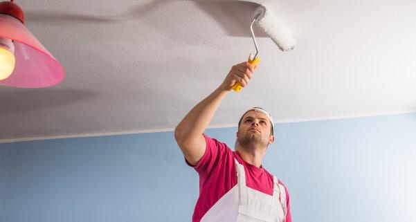 Comment choisir une peinture pour plafond ?