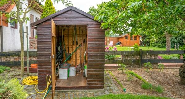 Etapes de construction de cabane de jardin