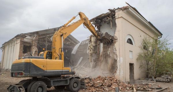 Est-ce judicieux de démolir une maison pour reconstruire ?