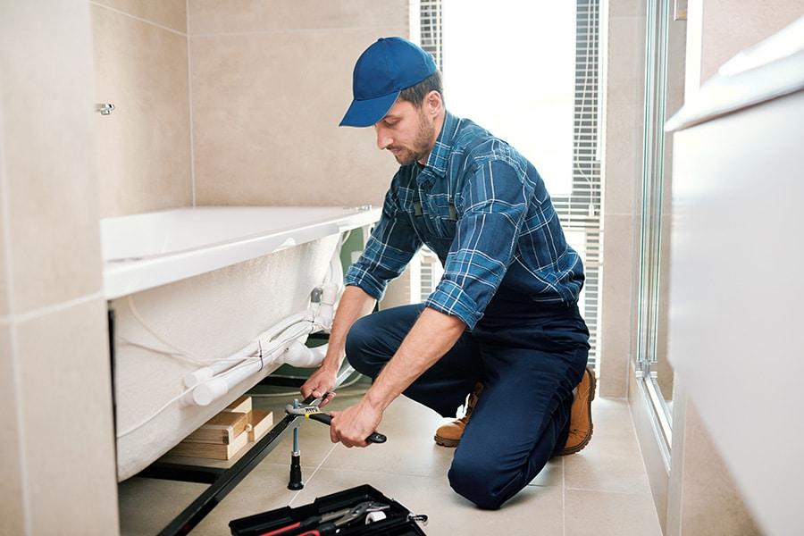 Prix d'un plombier pour une rénovation de salle de bain