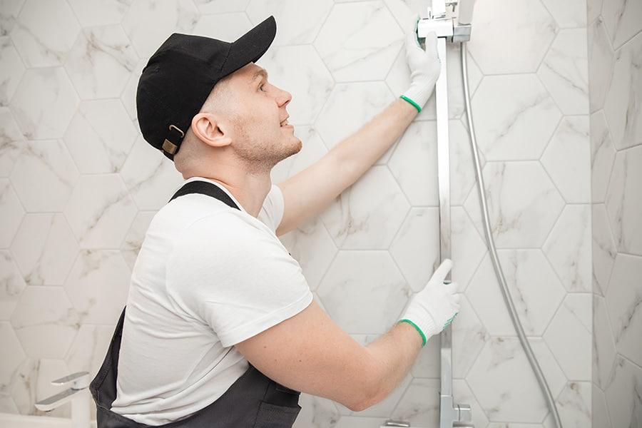 Tarif d'un plombier pour réparation de colonne générale