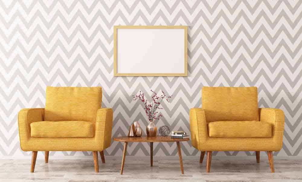Décoration de salon avec papier peint motif géométrique