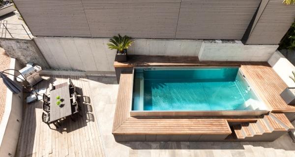 Techniques d'installation de piscine semi enterrée bois