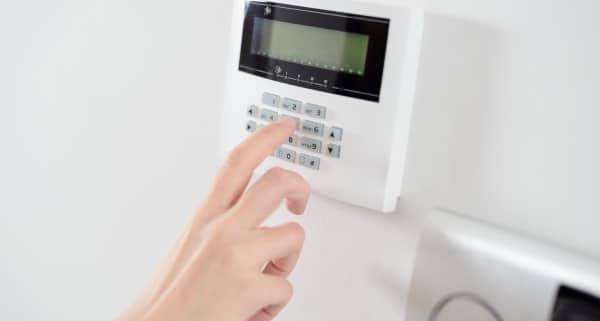 Comment choisir entre l'alarme filaire et sans fil ?