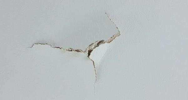 Plafond en placo : comment le réparer ?
