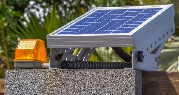 Tout savoir sur la motorisation de portail battant solaire